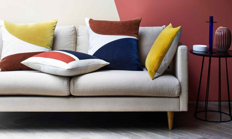 Accentuate your Home Décor with Statement Linen Cushions