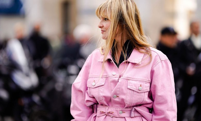 Here are 5 Outfit Ideas to Flaunt your Pink Denim Jackets